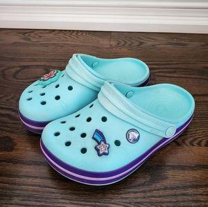 Crocs Light Blue Kids Size J1 with 2 Jibbitz